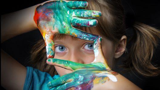 Erken Çocukluktan Gençliğe Sanatla Büyümek